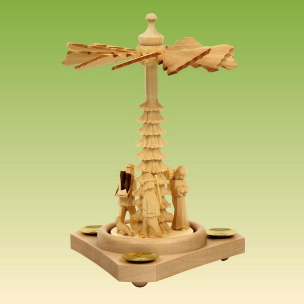 Pyramide klein mit Waldfiguren