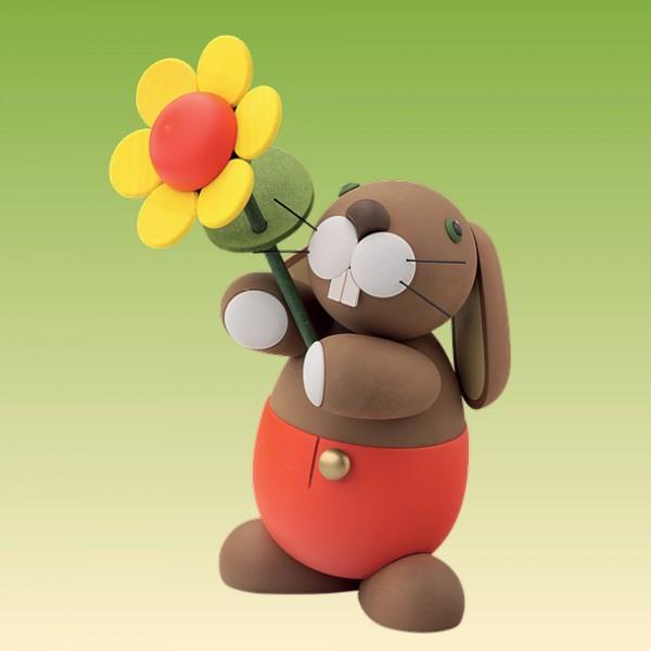 "Hase "" Hugo"" mit Sonnenblume"