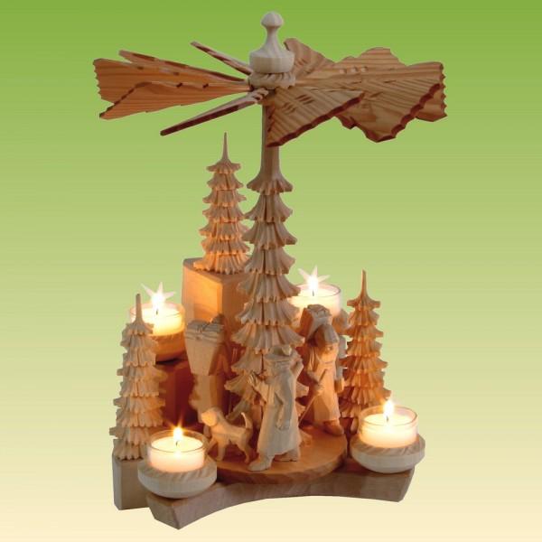 Wandpyramide mit Waldfiguren, natur