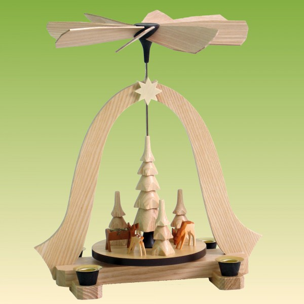 Pyramide mit Rehe